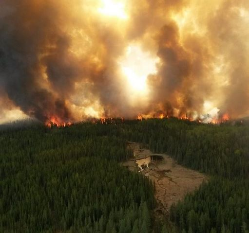 Wildfire-north-of-Cold-Lake
